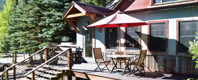 Patio Dining at Prospector